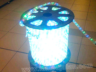 Lampu Selang LED Warna-Warni Model Kotak